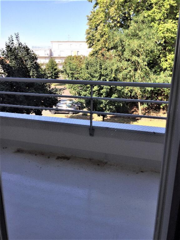 Appartement à louer 2 46m2 à Saint-Jean-de-Braye vignette-3