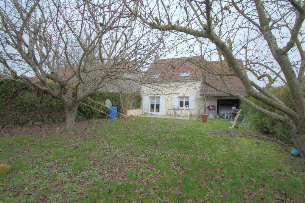 Maison à vendre 6 109m2 à La Chapelle-Saint-Mesmin vignette-9