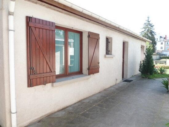 Maison à louer 2 39m2 à Orléans vignette-2