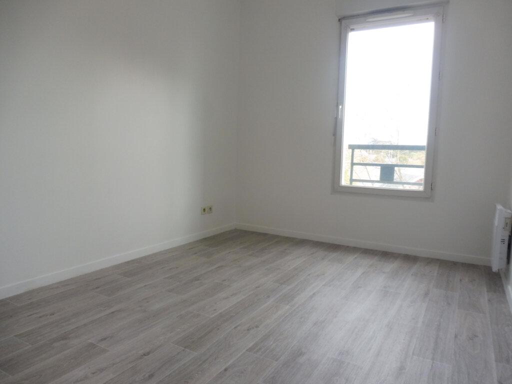 Appartement à louer 3 64.23m2 à Olivet vignette-9