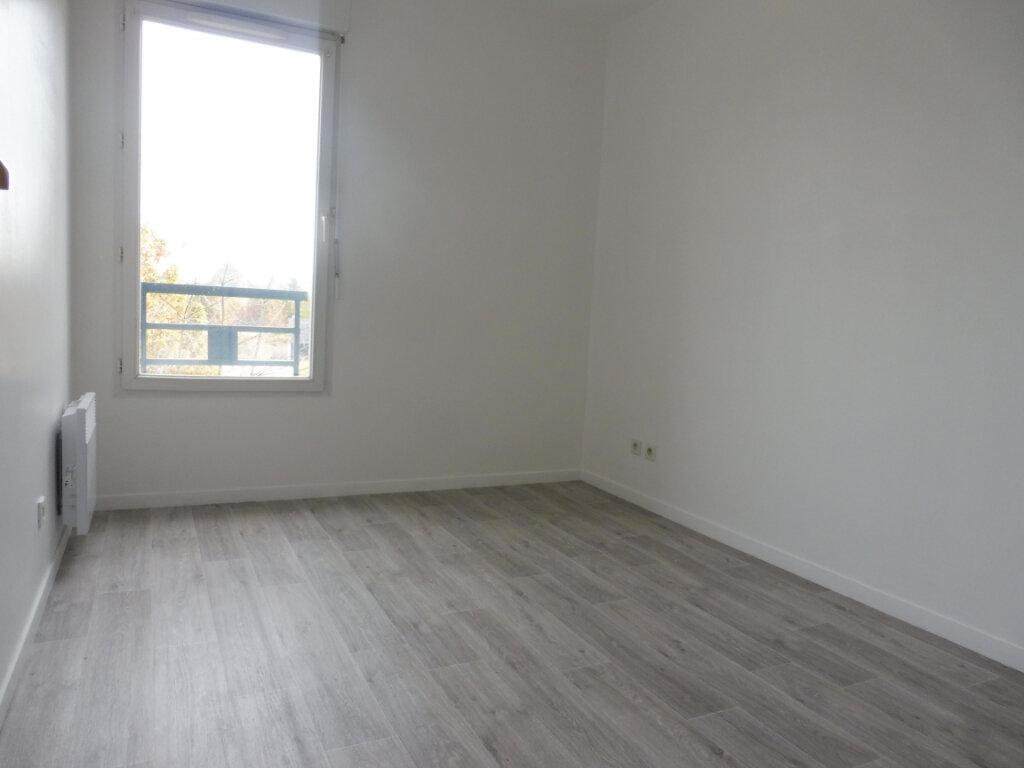 Appartement à louer 3 64.23m2 à Olivet vignette-10
