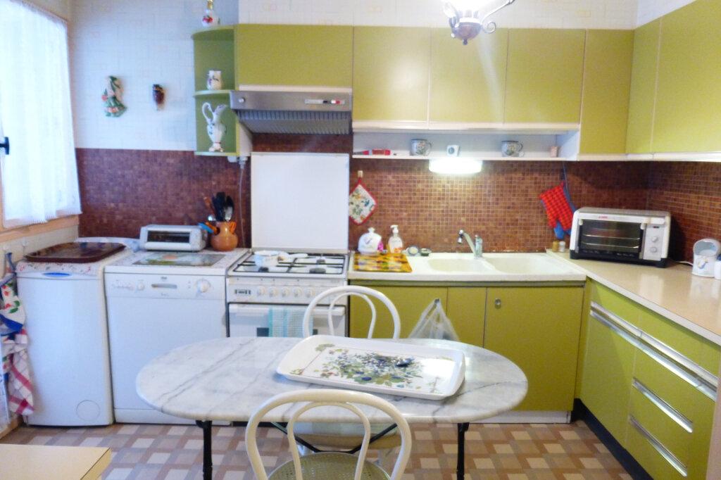 Appartement à louer 2 56.59m2 à Fleury-les-Aubrais vignette-4