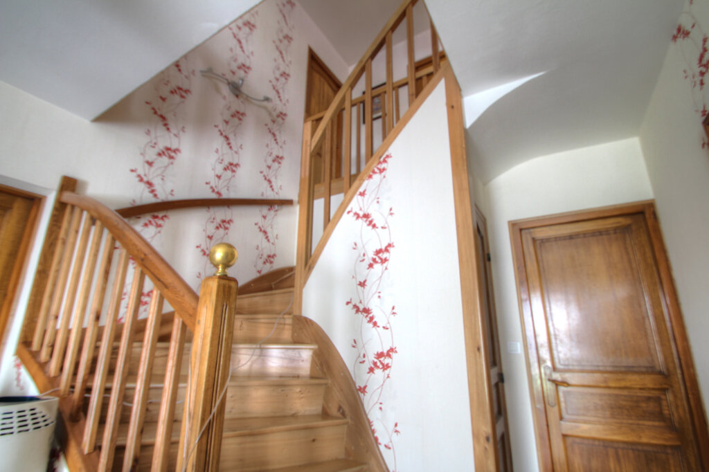 Maison à vendre 5 106m2 à Fleury-les-Aubrais vignette-10