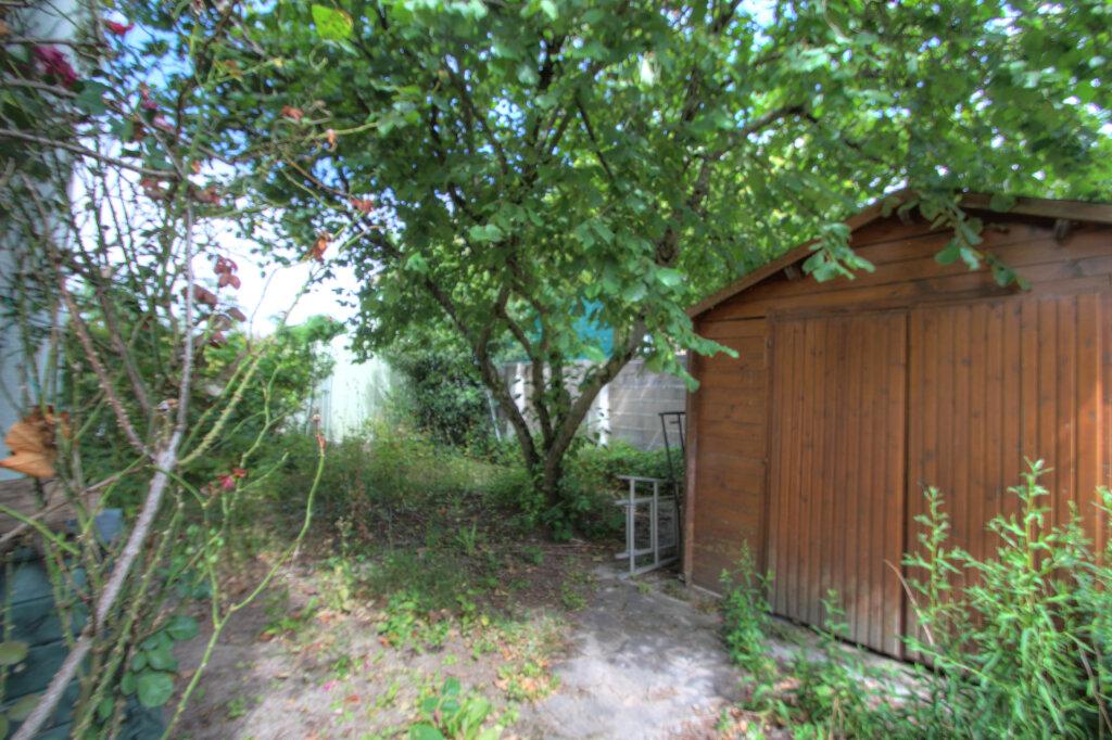Maison à vendre 5 106m2 à Fleury-les-Aubrais vignette-12