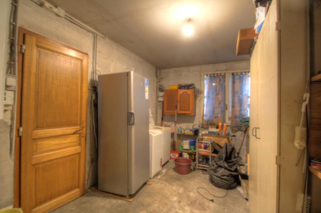 Maison à vendre 5 106m2 à Fleury-les-Aubrais vignette-17