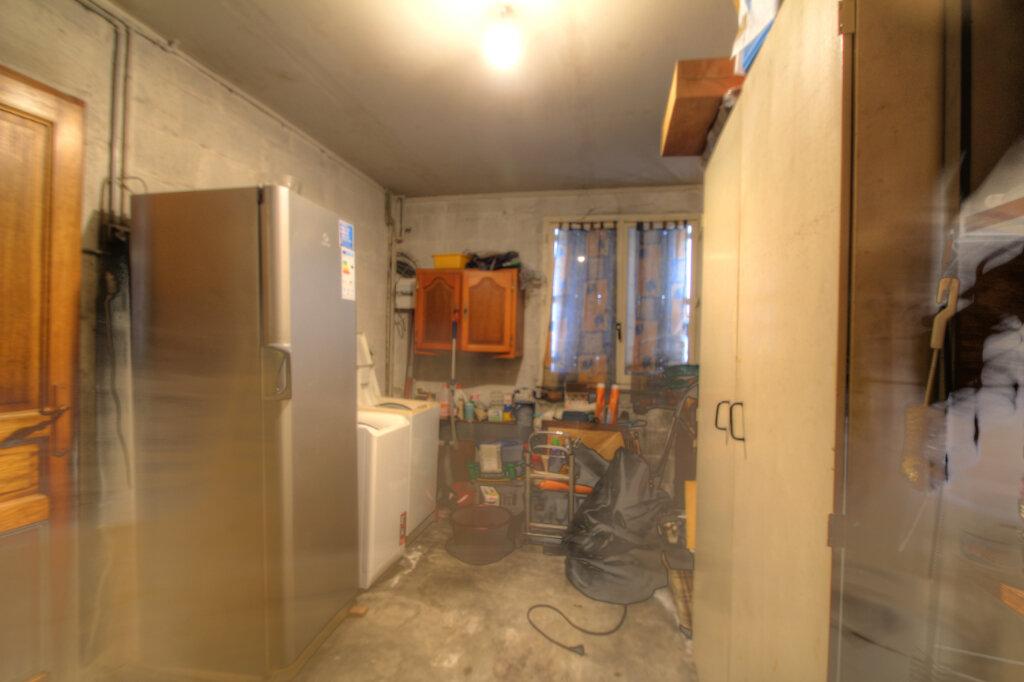 Maison à vendre 5 106m2 à Fleury-les-Aubrais vignette-18