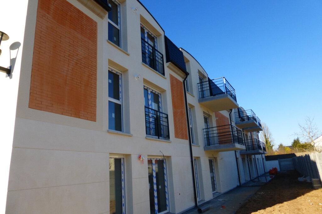 Appartement à louer 3 62.6m2 à Fleury-les-Aubrais vignette-9