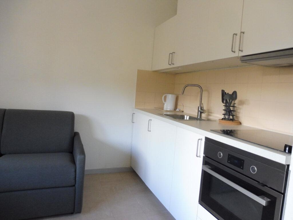 Appartement à louer 1 17.51m2 à Orléans vignette-2