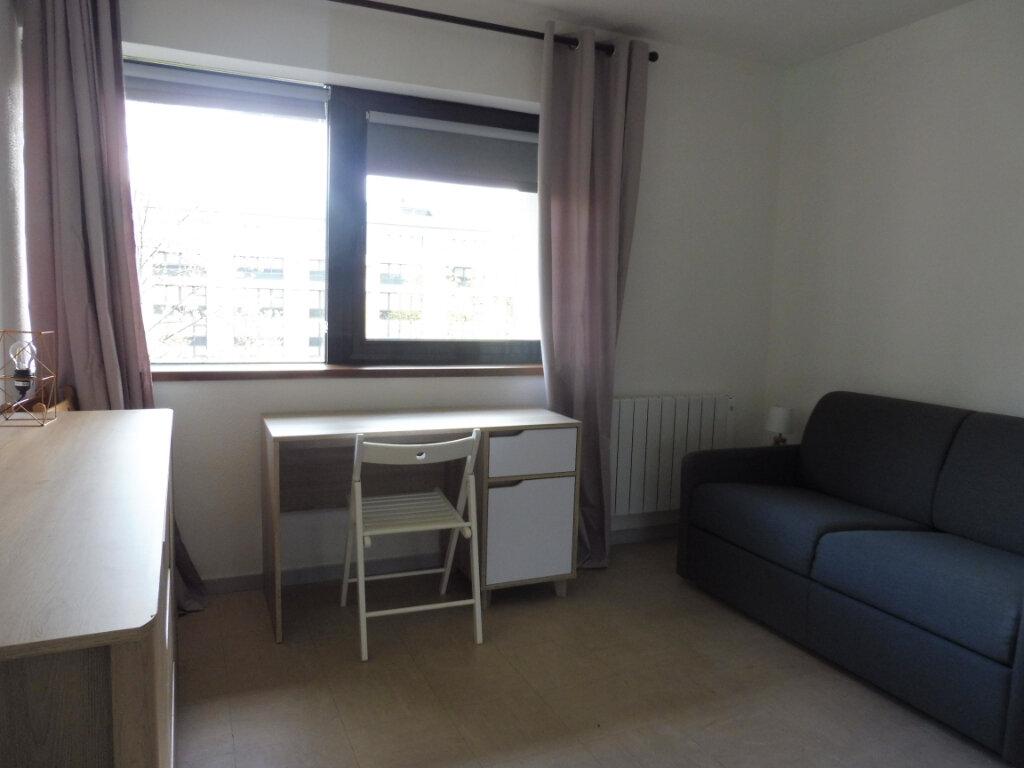 Appartement à louer 1 17.51m2 à Orléans vignette-3