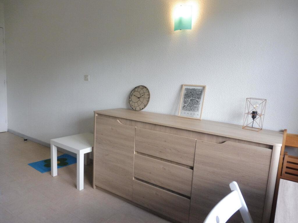 Appartement à louer 1 17.51m2 à Orléans vignette-5