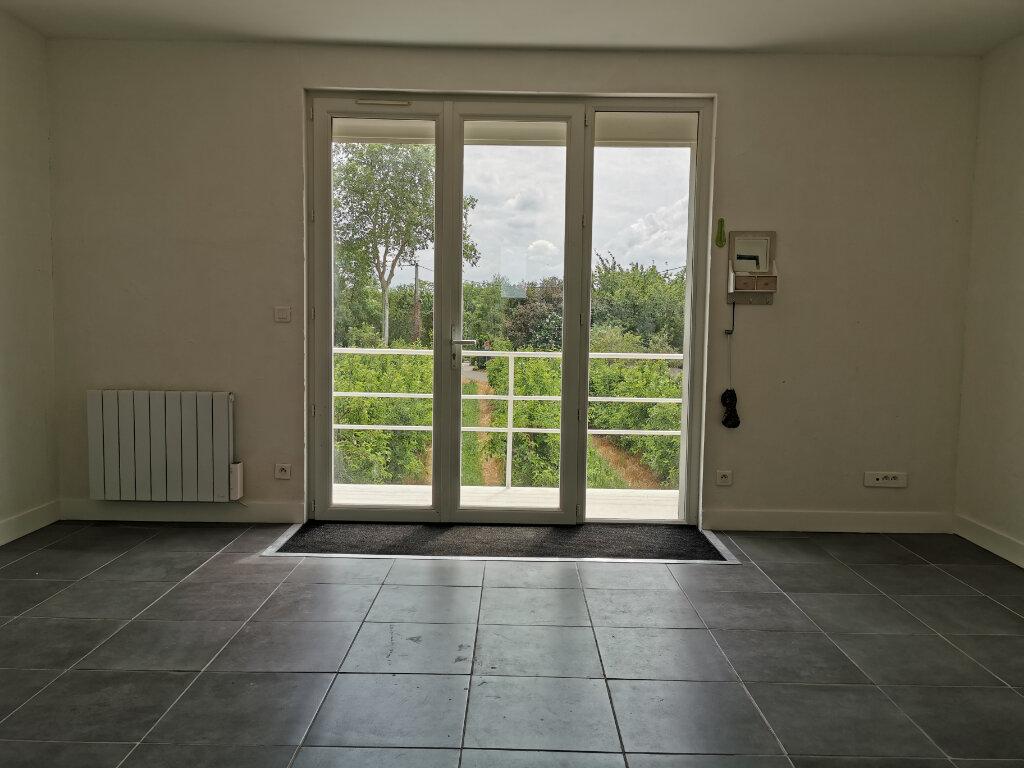 Maison à louer 4 70.42m2 à Saint-Pryvé-Saint-Mesmin vignette-2