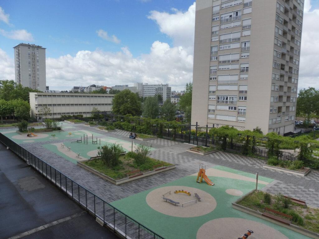 Appartement à louer 3 59m2 à Orléans vignette-3