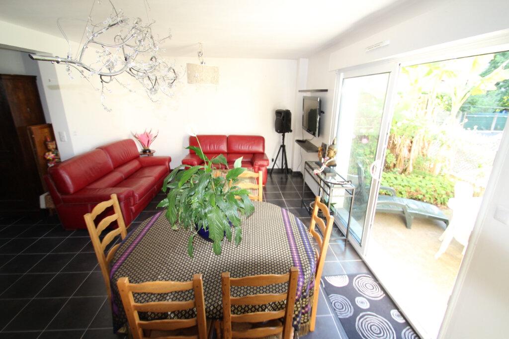 Maison à vendre 4 96.24m2 à Fleury-les-Aubrais vignette-3