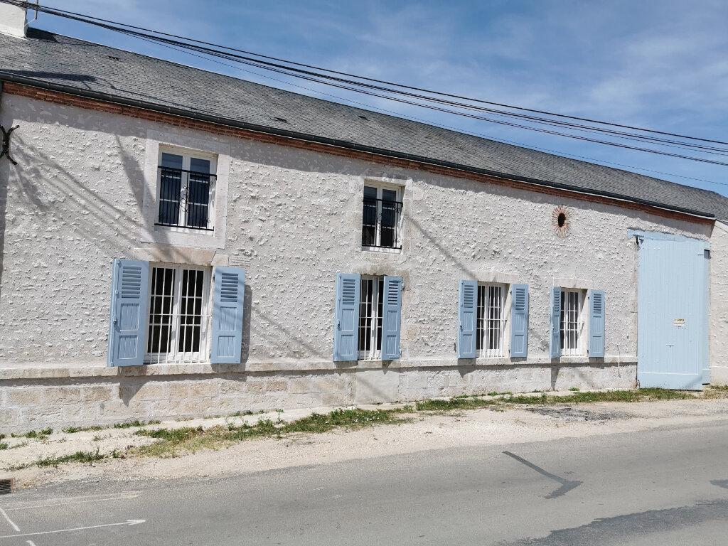 Maison à louer 4 129.92m2 à Cléry-Saint-André vignette-15