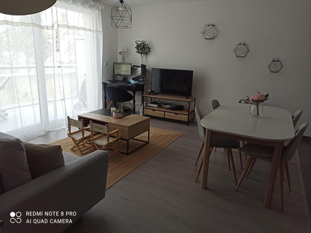 Appartement à louer 3 60.8m2 à Saint-Jean-de-Braye vignette-2