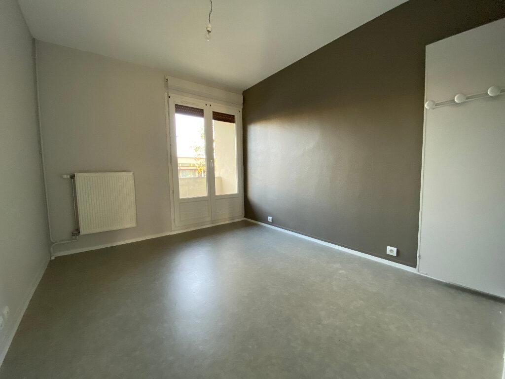 Appartement à louer 3 55m2 à Orléans vignette-6