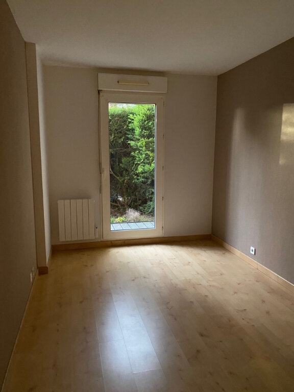 Appartement à louer 2 49.75m2 à Saint-Jean-de-la-Ruelle vignette-4