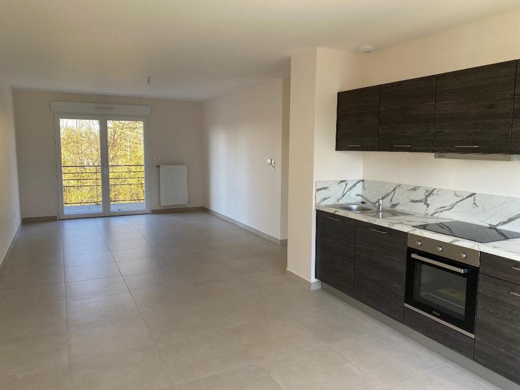 Appartement à louer 3 65.9m2 à Saran vignette-1