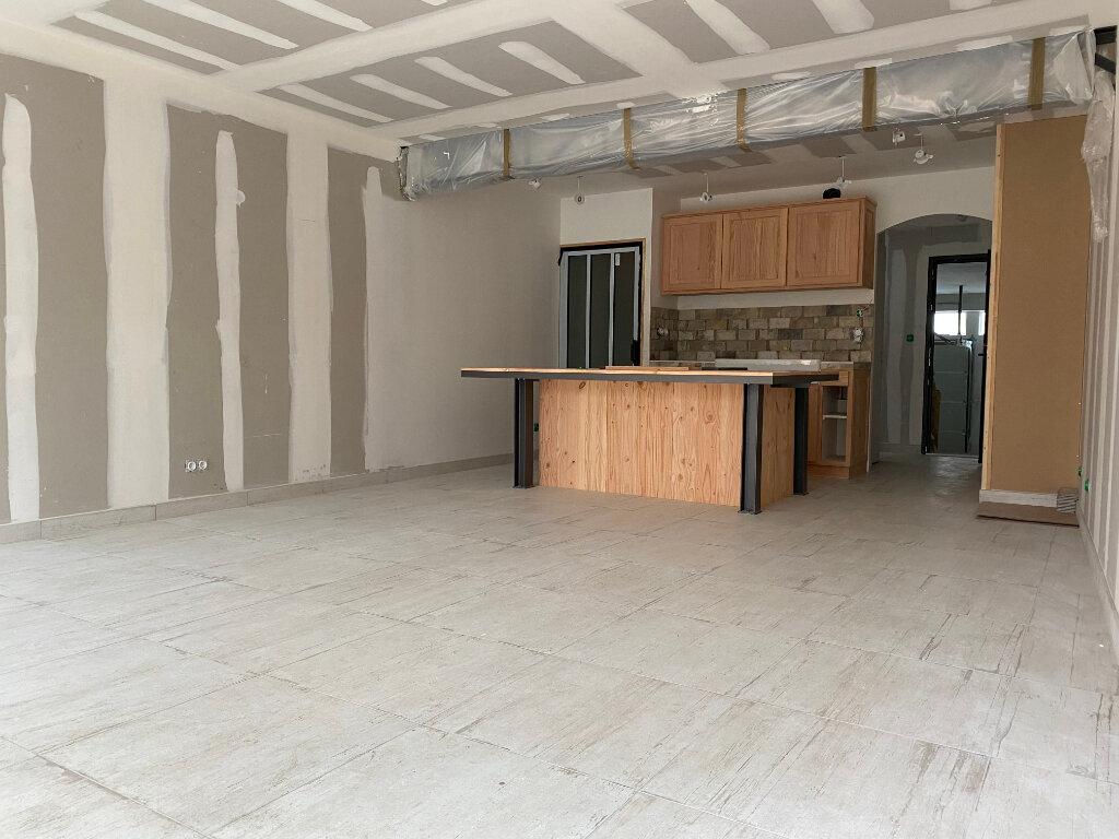 Maison à louer 4 97m2 à Orléans vignette-5