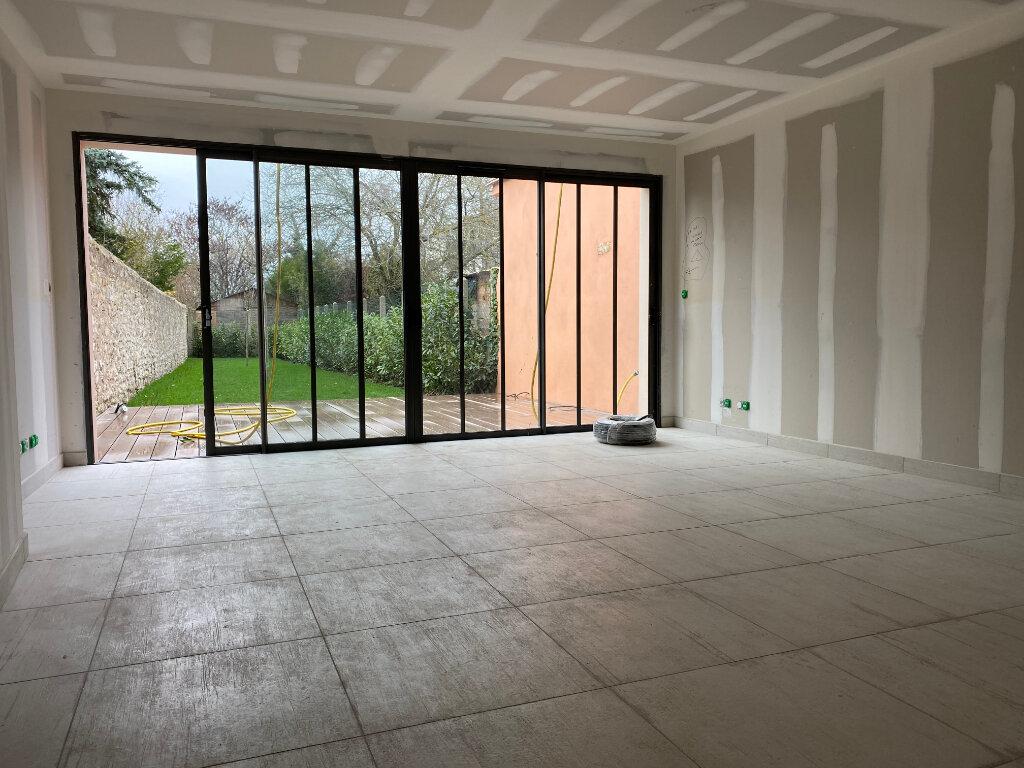 Maison à louer 4 97m2 à Orléans vignette-8