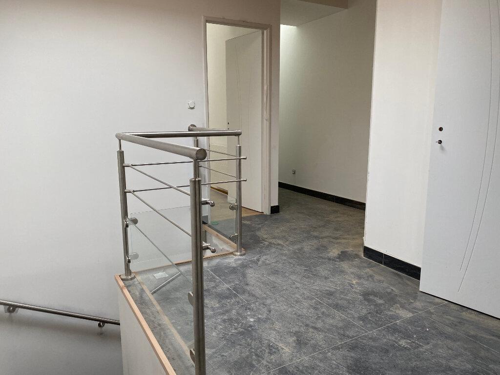 Maison à louer 4 97m2 à Orléans vignette-11