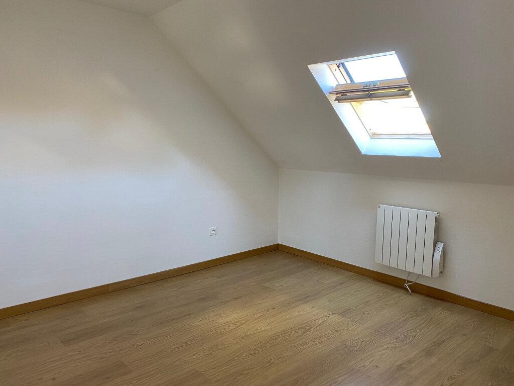 Maison à louer 5 106.27m2 à Saint-Jean-de-la-Ruelle vignette-9
