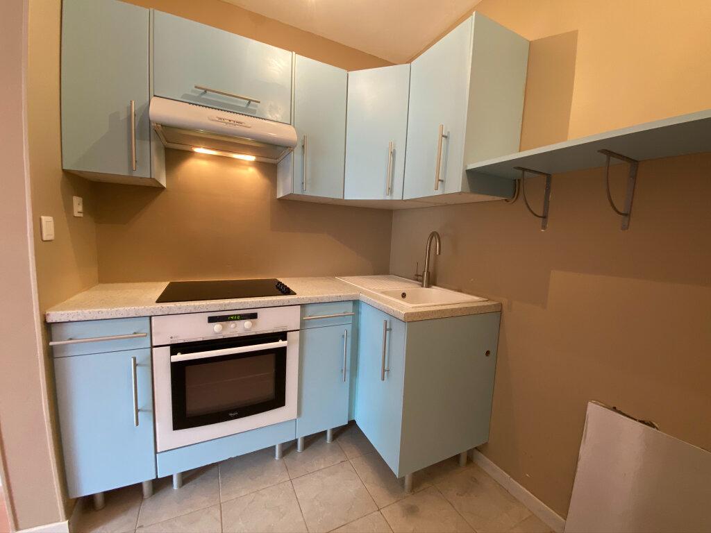 Appartement à louer 2 42.01m2 à Saint-Jean-de-Braye vignette-3