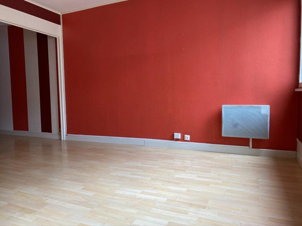 Appartement à louer 2 42.01m2 à Saint-Jean-de-Braye vignette-4