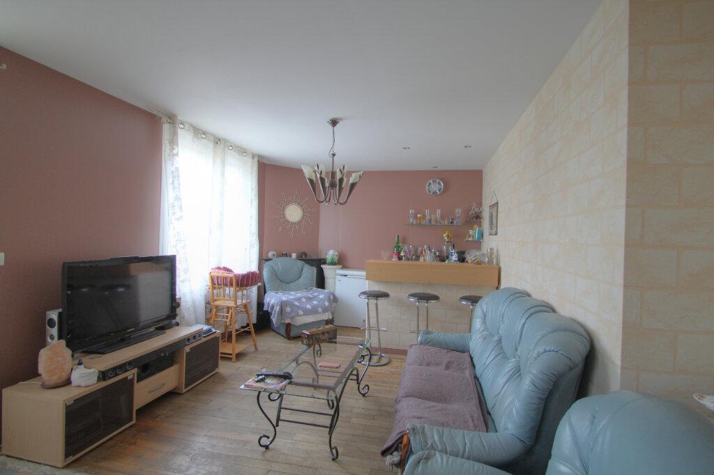 Maison à vendre 6 133m2 à Saint-Jean-de-la-Ruelle vignette-5
