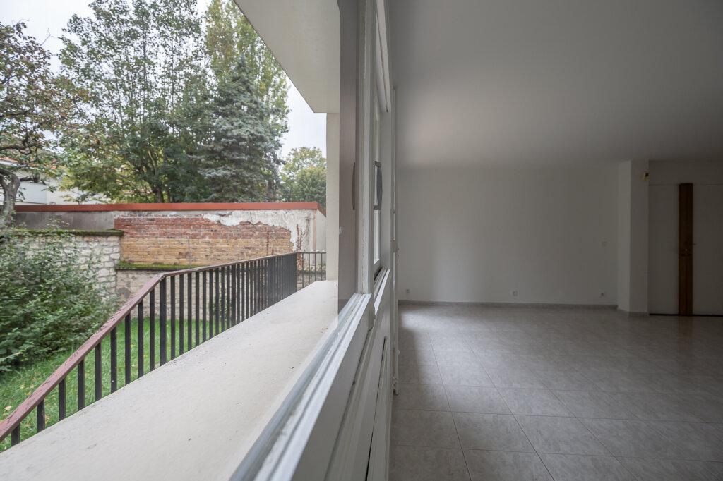 Appartement à louer 5 96.51m2 à Saint-Maur-des-Fossés vignette-10