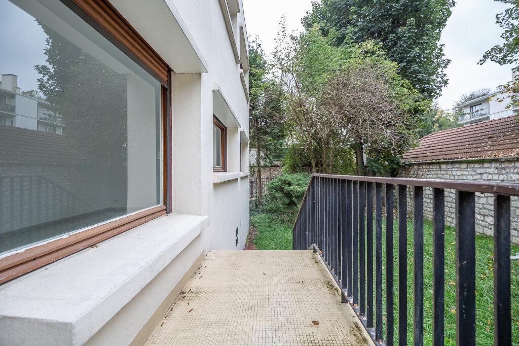 Appartement à louer 5 96.51m2 à Saint-Maur-des-Fossés vignette-16