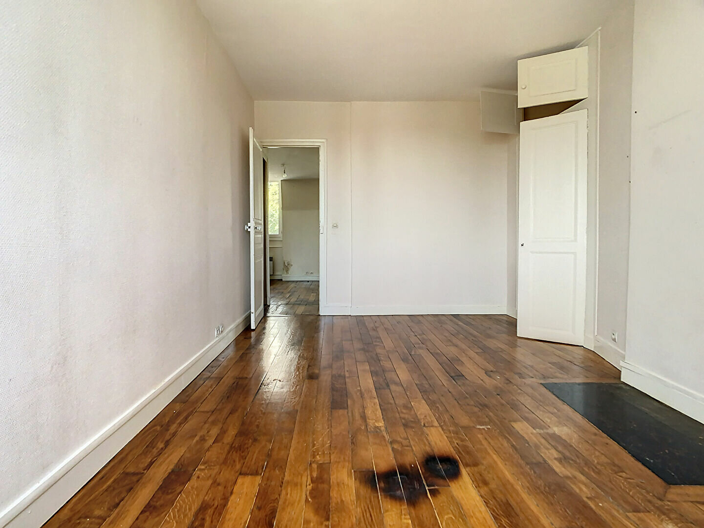 Appartement à louer 2 45m2 à Joinville-le-Pont vignette-4