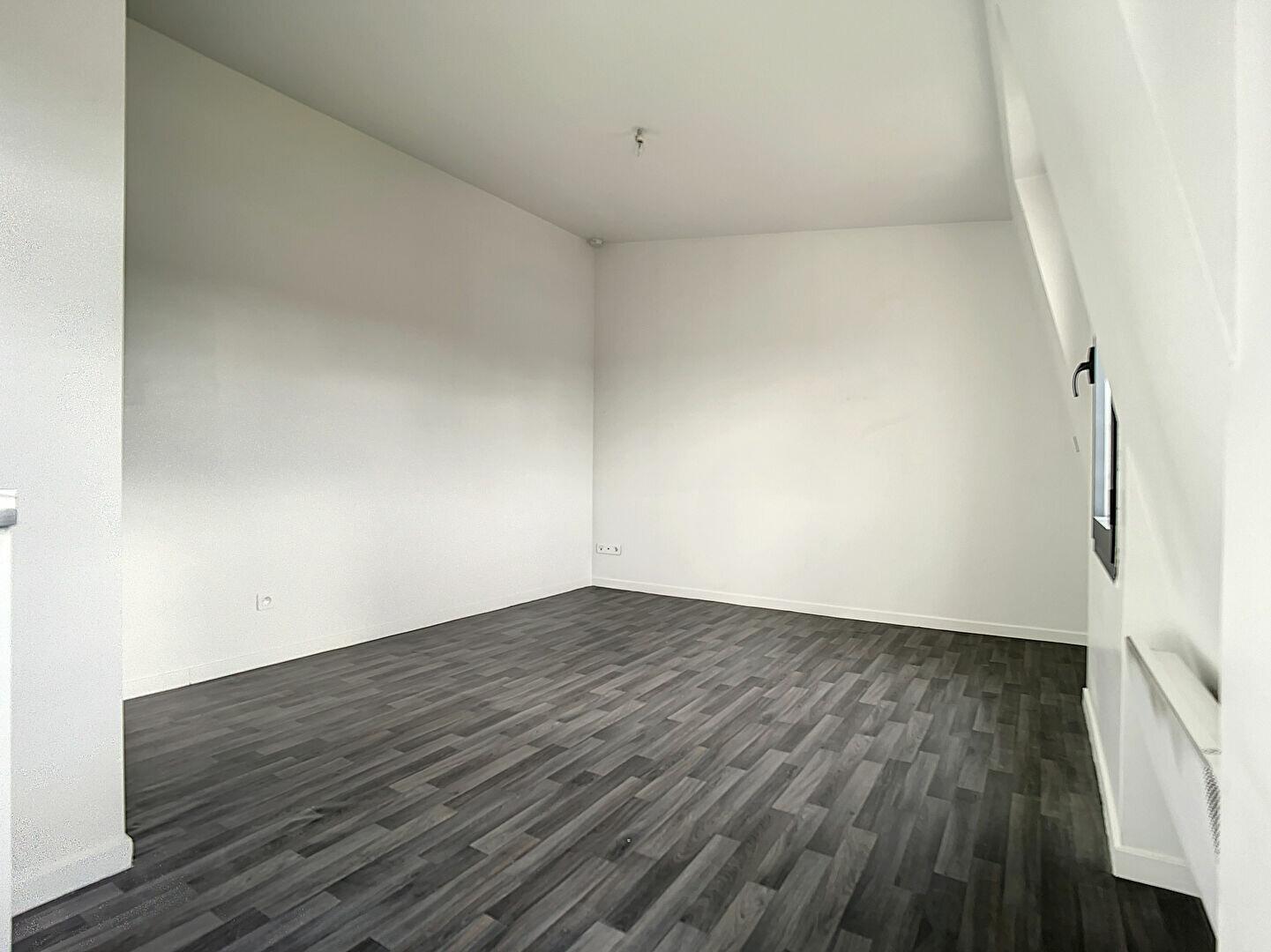 Appartement à louer 1 20.57m2 à Joinville-le-Pont vignette-4