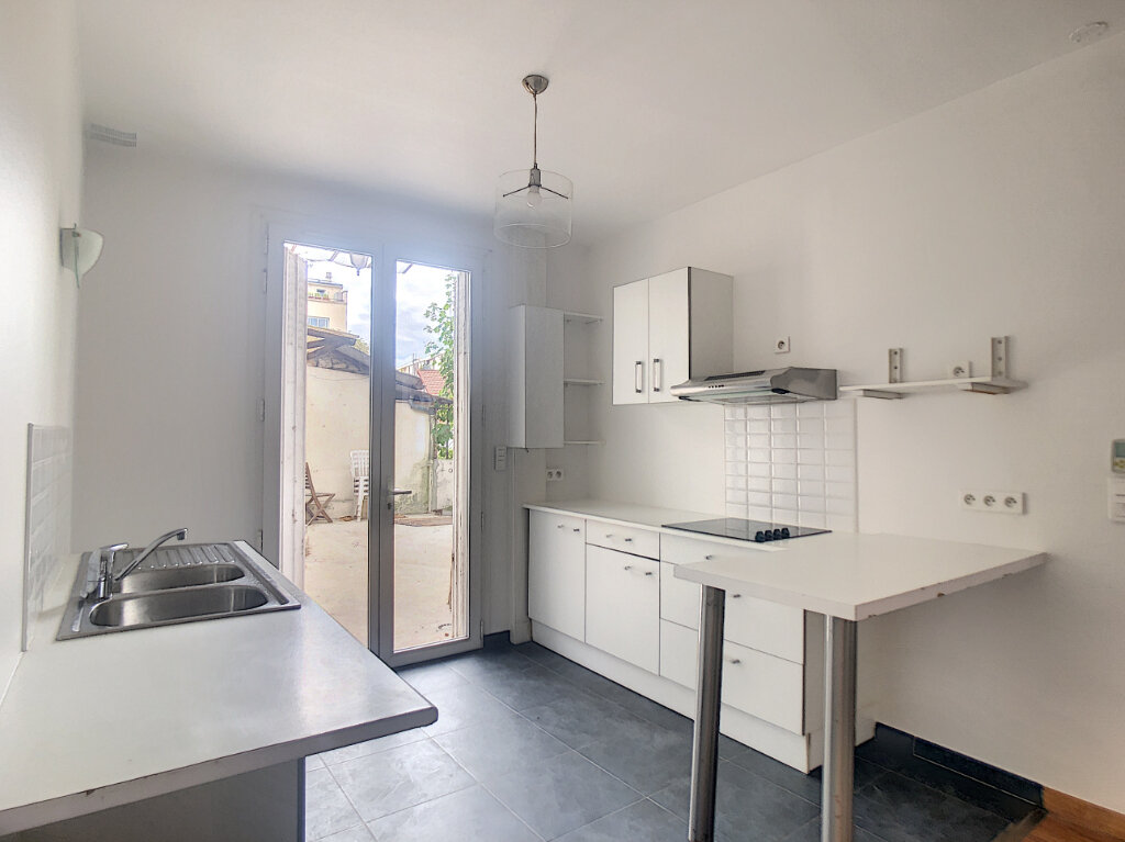 Maison à louer 2 43m2 à Saint-Maur-des-Fossés vignette-3
