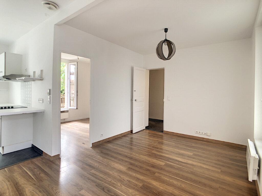 Maison à louer 2 43m2 à Saint-Maur-des-Fossés vignette-4