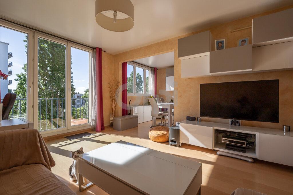 Appartement à vendre 4 64m2 à Joinville-le-Pont vignette-1