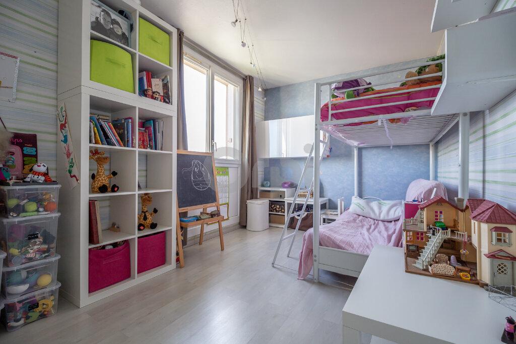Appartement à vendre 4 64m2 à Joinville-le-Pont vignette-10