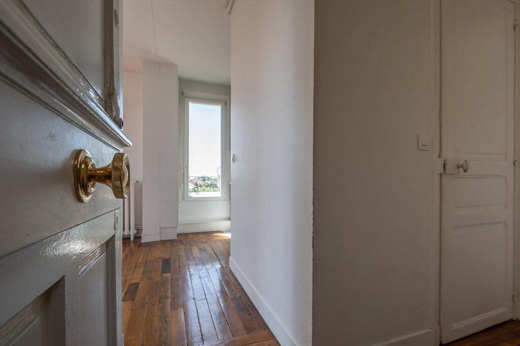Appartement à louer 3 48.79m2 à Joinville-le-Pont vignette-1