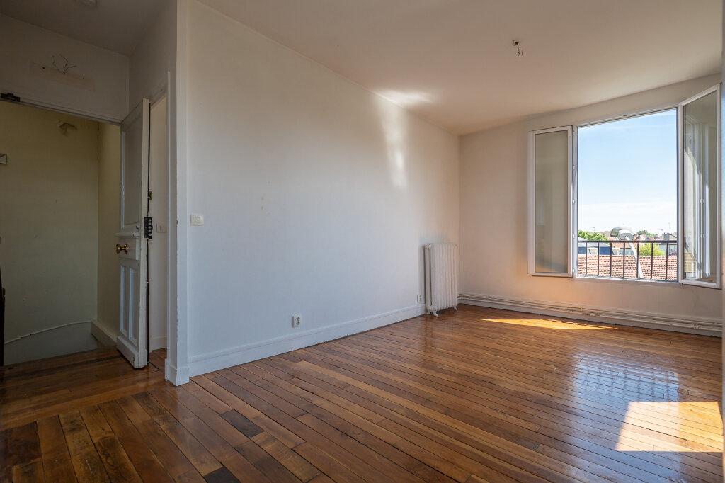 Appartement à louer 3 48.79m2 à Joinville-le-Pont vignette-2