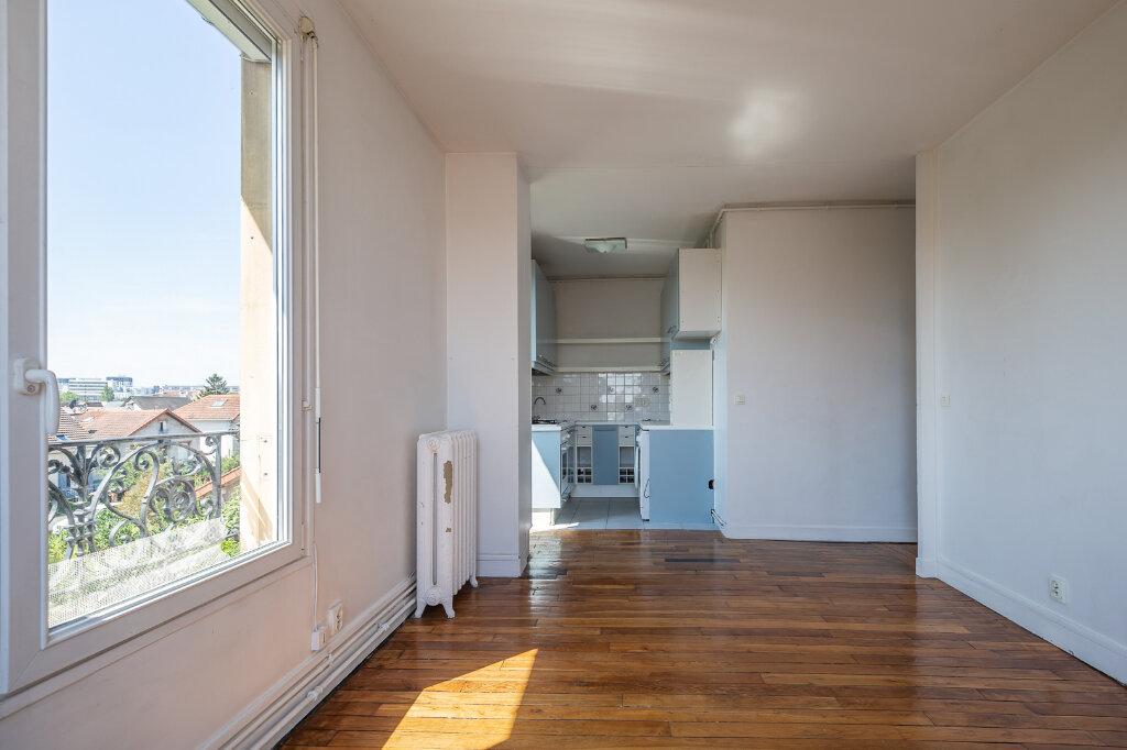 Appartement à louer 3 48.79m2 à Joinville-le-Pont vignette-3
