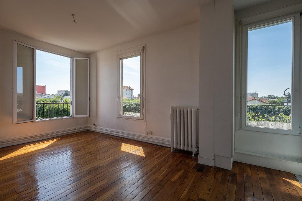 Appartement à louer 3 48.79m2 à Joinville-le-Pont vignette-4