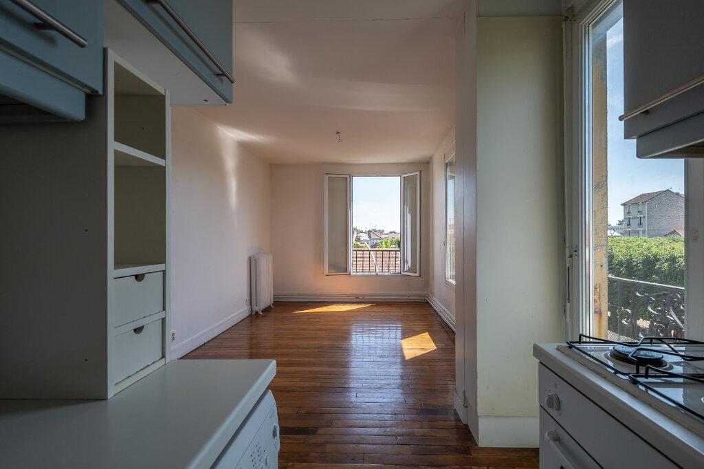 Appartement à louer 3 48.79m2 à Joinville-le-Pont vignette-5