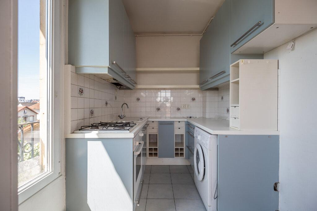 Appartement à louer 3 48.79m2 à Joinville-le-Pont vignette-6