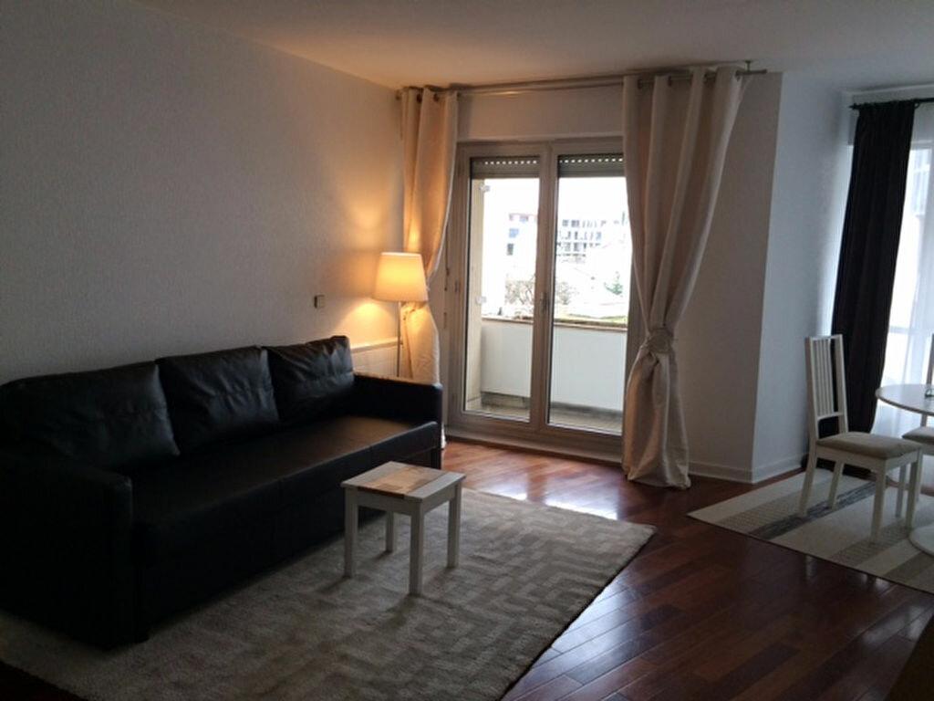 Appartement à louer 3 74m2 à Joinville-le-Pont vignette-6