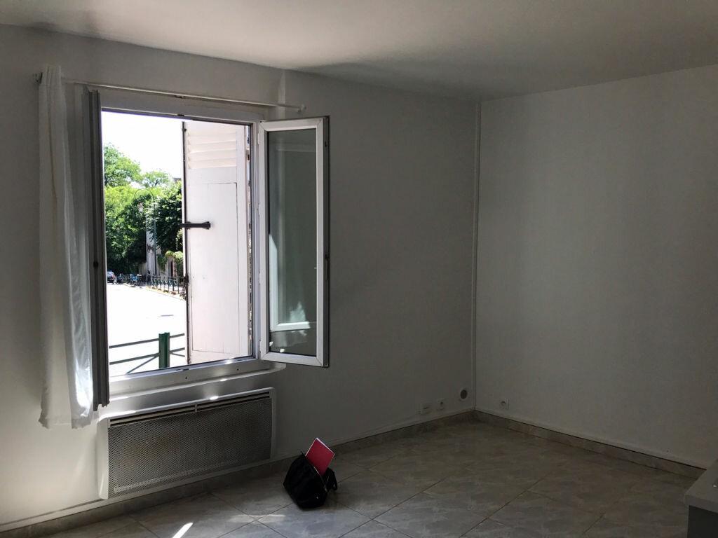 Appartement à louer 1 18.38m2 à Saint-Maurice vignette-8