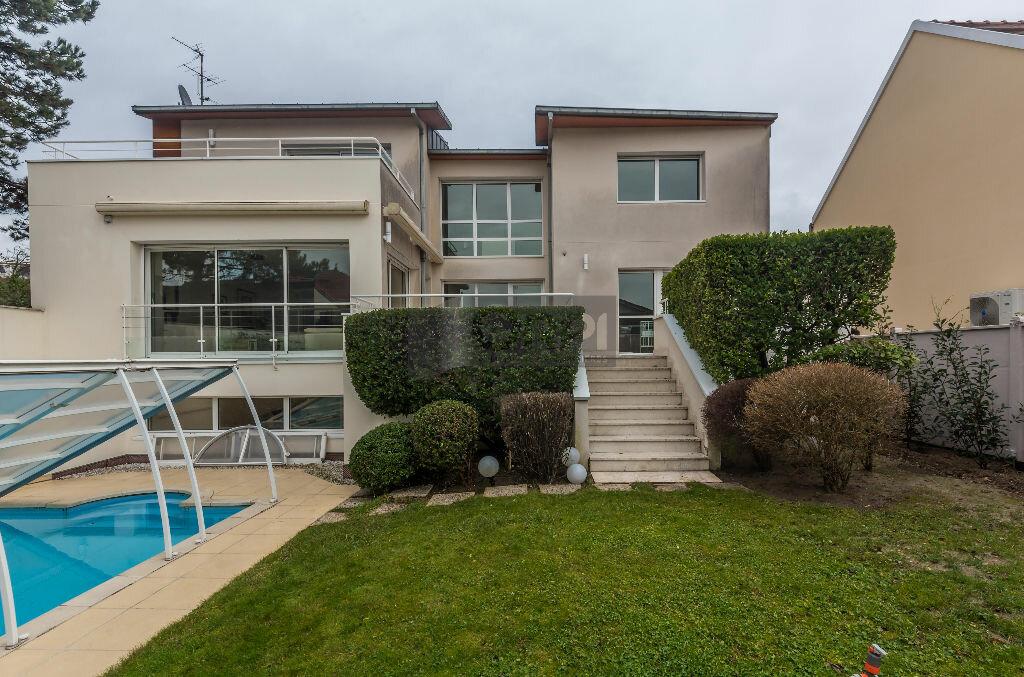 Maison à vendre 6 243m2 à Maisons-Alfort vignette-3