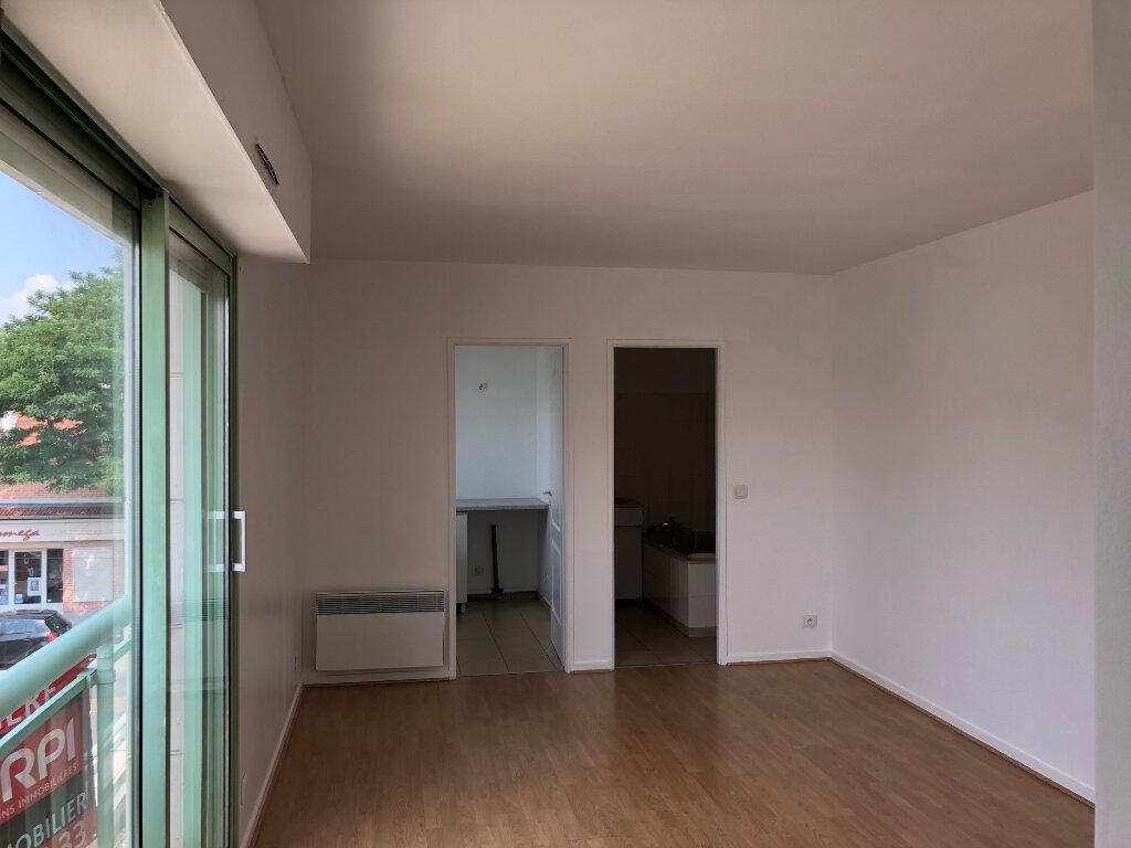 Appartement à louer 1 30.47m2 à Saint-Maur-des-Fossés vignette-1