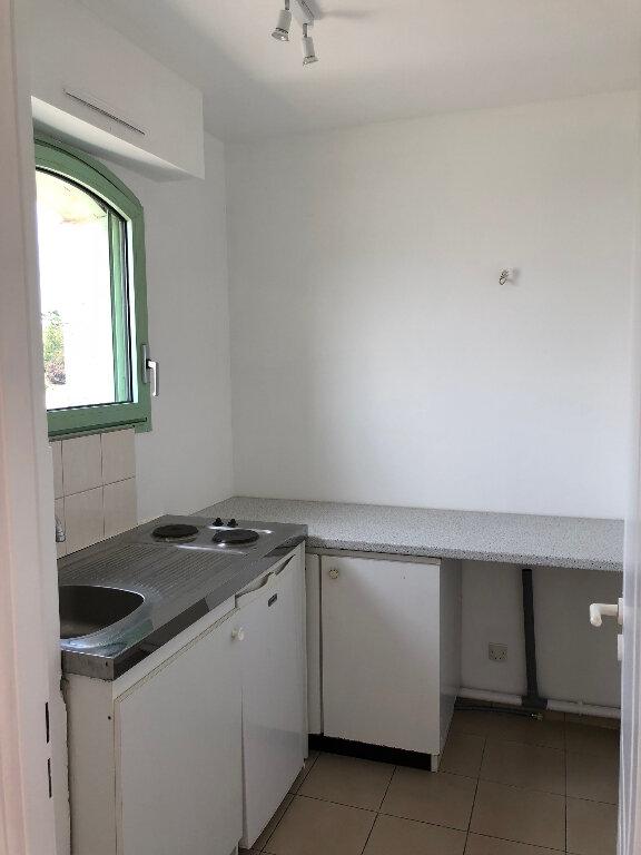 Appartement à louer 1 30.47m2 à Saint-Maur-des-Fossés vignette-3