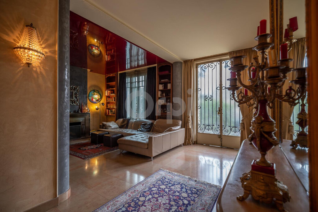 Maison à vendre 10 280m2 à La Varenne - Saint-Maur-des-Fossés vignette-2