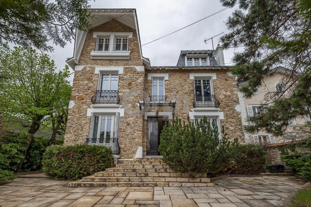 Maison à vendre 10 280m2 à La Varenne - Saint-Maur-des-Fossés vignette-3